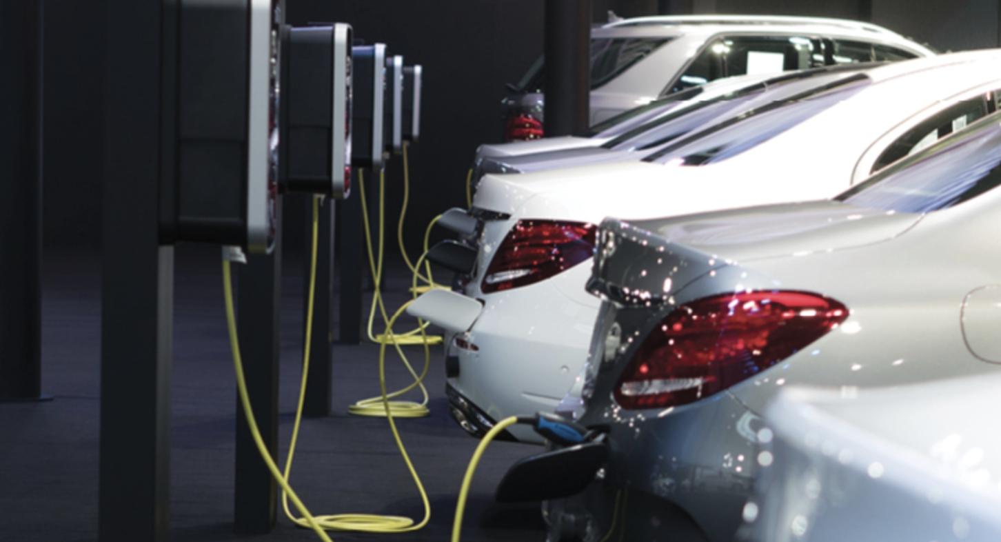 เทรนด์รถยนต์ไฟฟ้ามาแรง!  พุ่ง 32,000 คัน- เช่ารถเชียงใหม่ ท่องเที่ยว