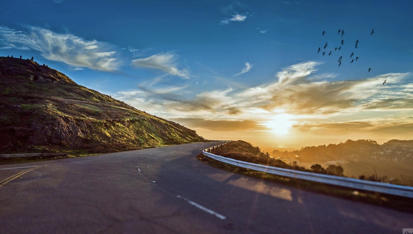 5 ความเข้าใจผิดของการ ขับรถเที่ยว- รถเช่าดีดี